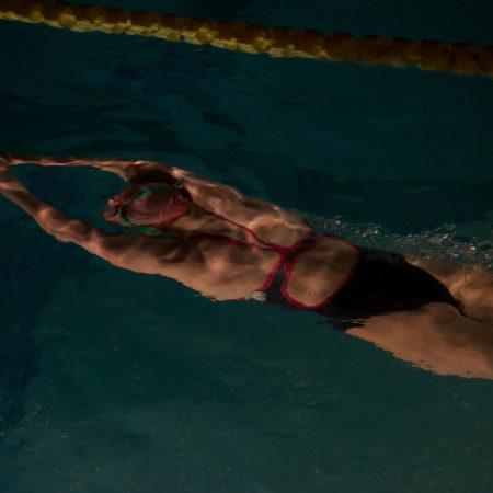 Monitor de natación polivalente